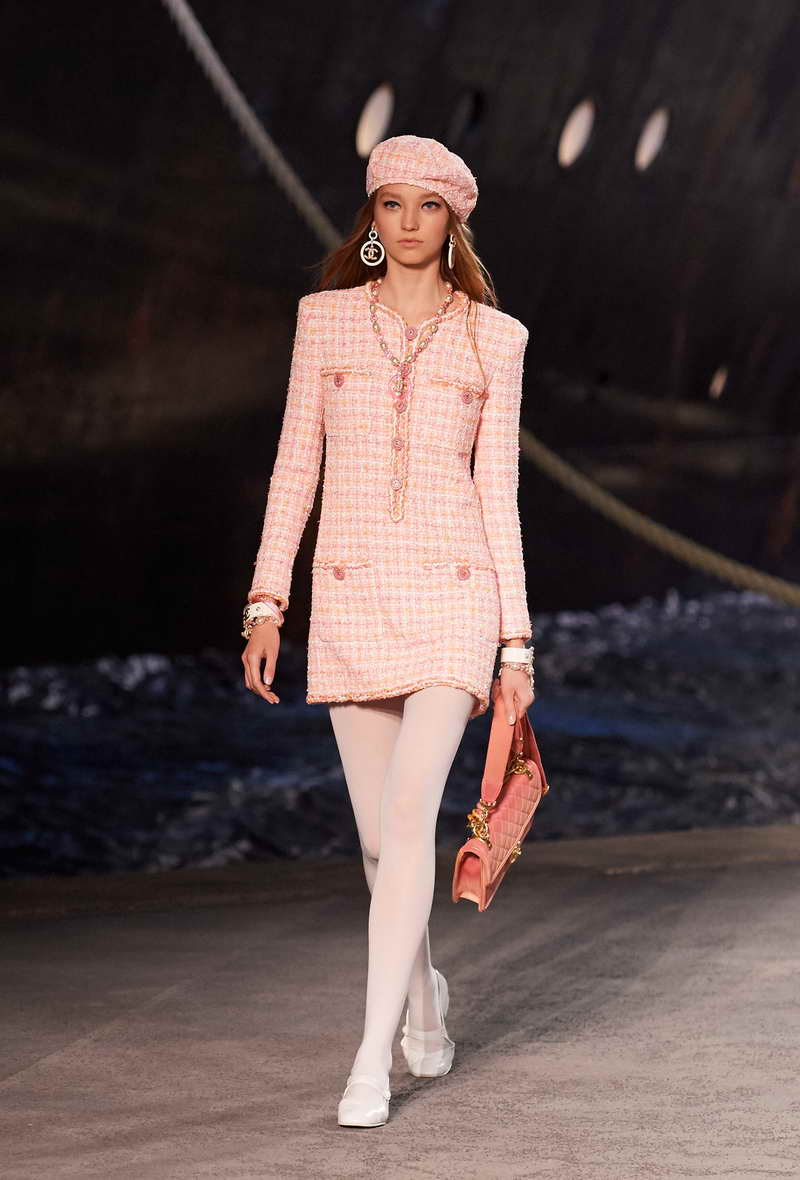 CHANEL THE CRUISE, THE TIME FOR A STOPOVER WITH CHANEL