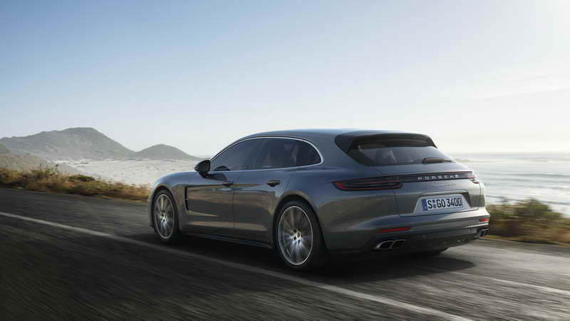 World première in Geneva: Sport Turismo expands the Panamera model line