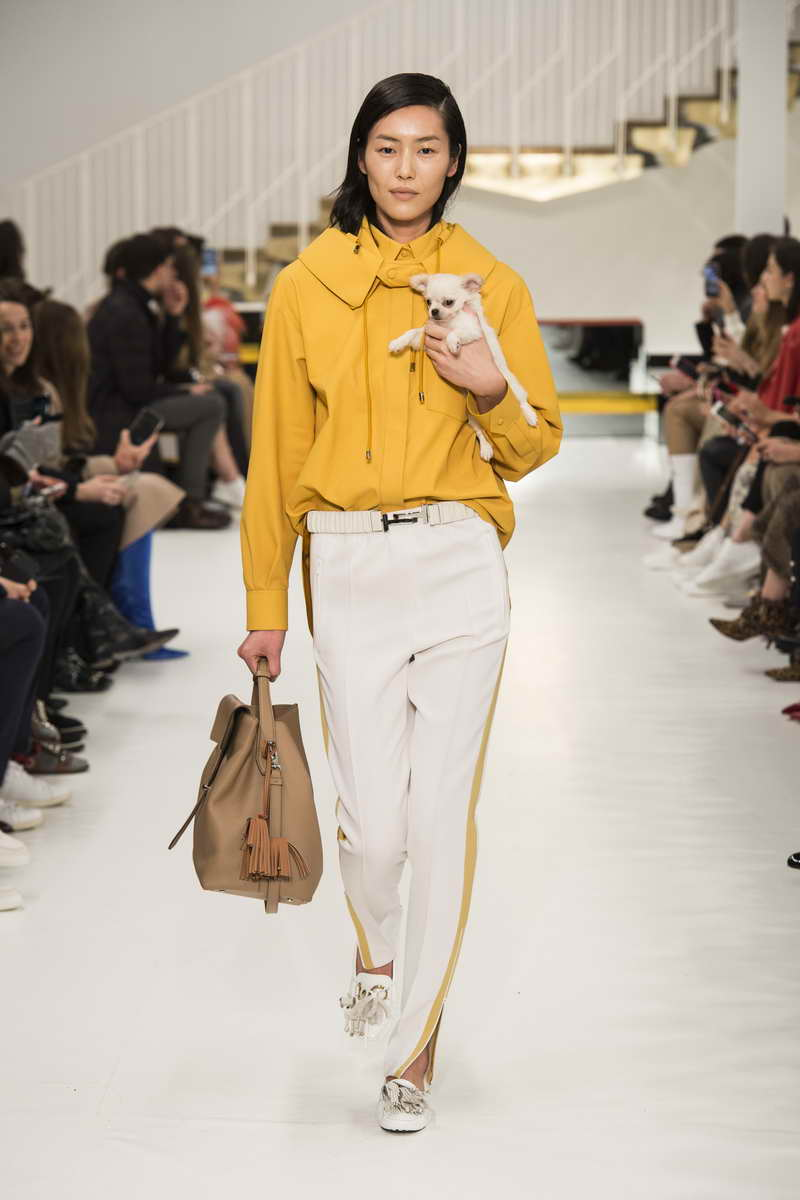 TOD'S FW18 Milan Women's Collection Performance