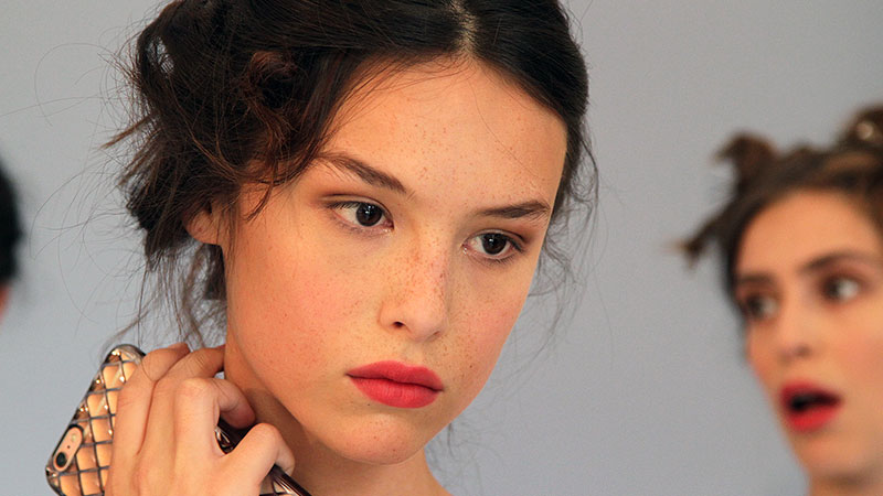 a romantic makeup look with mac makeup artist cynthia rivas for .