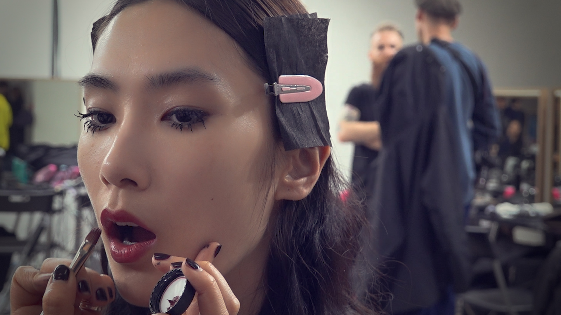 Cool mascara, focus on eyes and lips with Miranda Joyce for MSGM